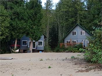 Joe's Cabins and Retreat – Seymour Arm, Shuswap Lake - British Columbia