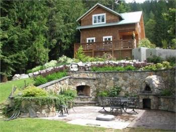Racoon Ridge - Lakefront Getaway - Kootenay Lake BC
